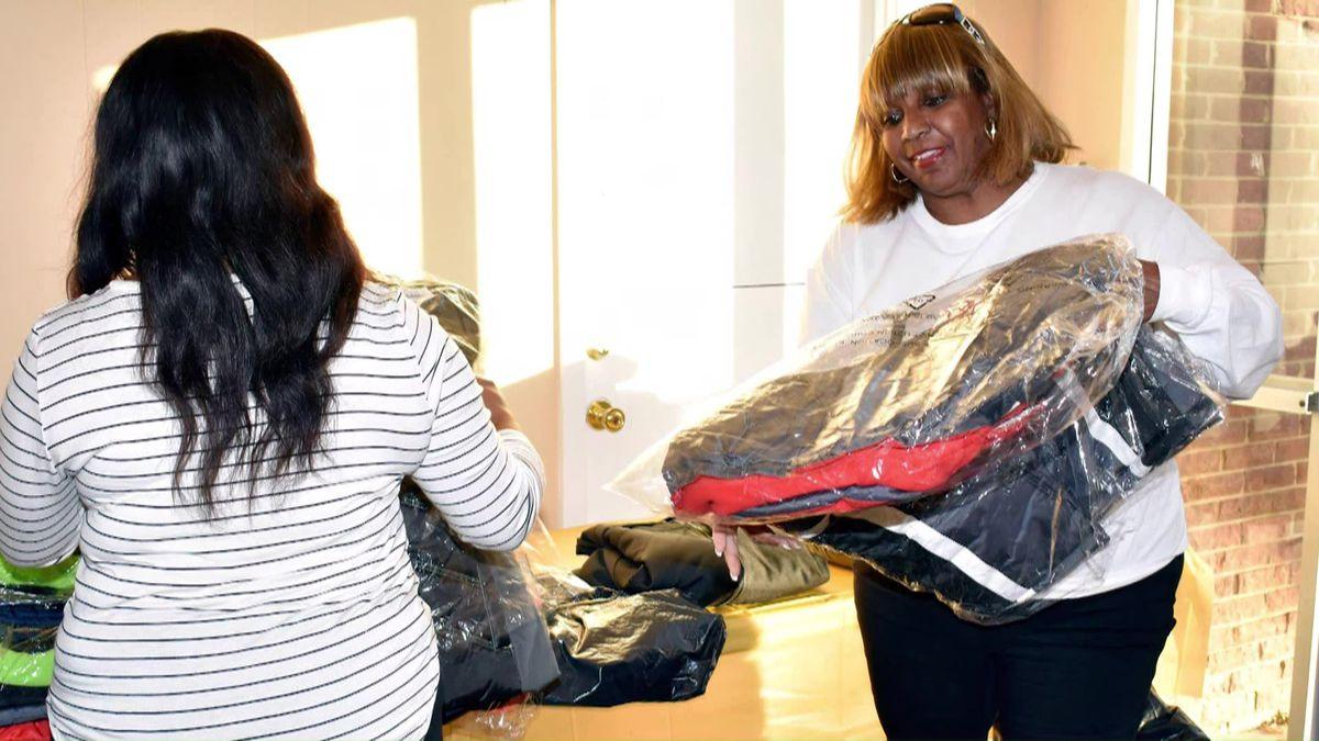 Linda Keys works with Mississippi Coats4Kidz (Source: WMC Action News 5)