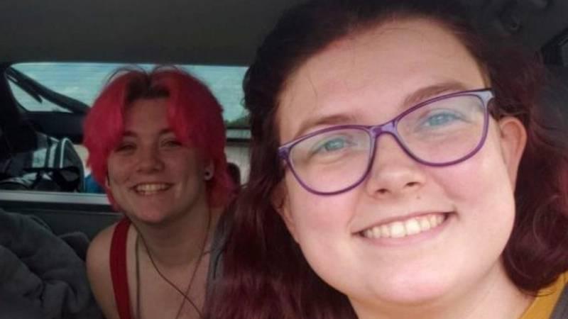 Kaele and Sara Polzin were killed in a traffic accident.
