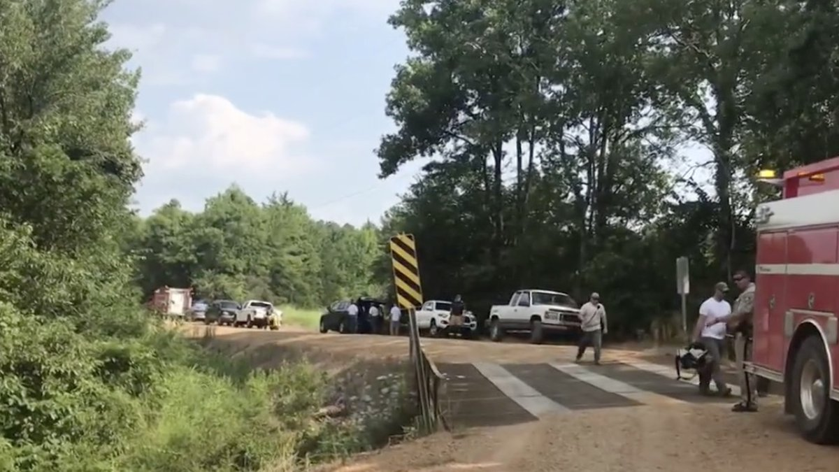 Two dead after plane crash in Oktibbeha County