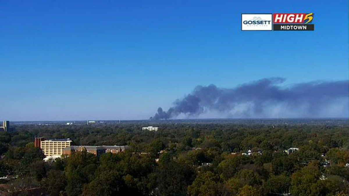 Mulch fire north of downtown Memphis