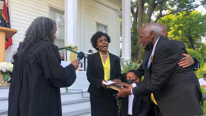 Mayor Sharon Gipson