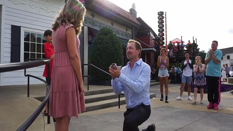 Jeremy Kyle proposed to Jana James with a  flash mob in Memphis, Tennessee.
