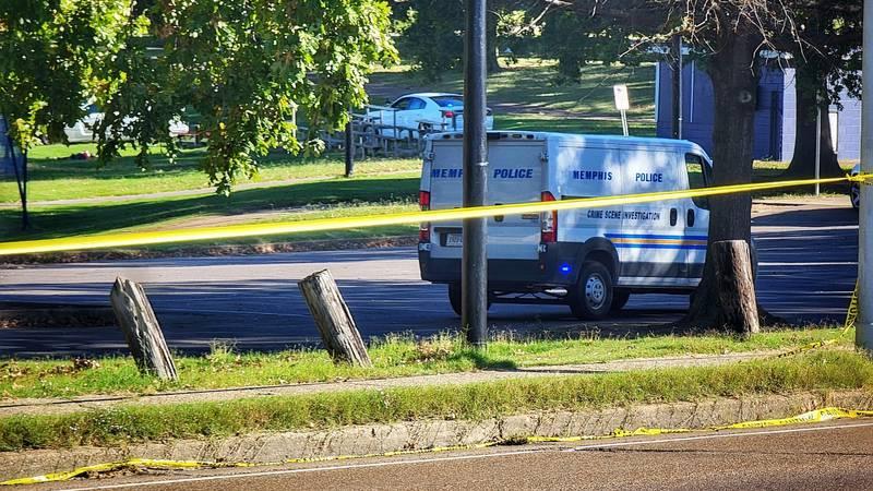 Man dies in following shooting in Memphis