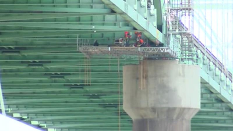 Temporary platform under construction to begin repair of I-40 bridge