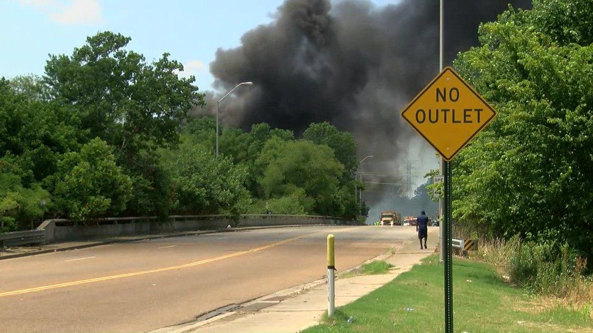 Warehouse fire (Source: WMC)