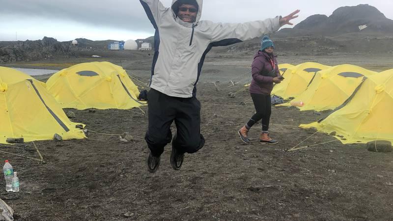 72-year-old Hugh Thompson participates in marathon in Antarctica.