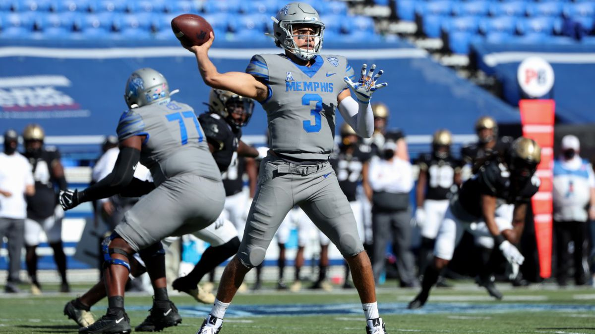 Memphis quarterback Brady White named Walter Camp National Offensive Player of the Week