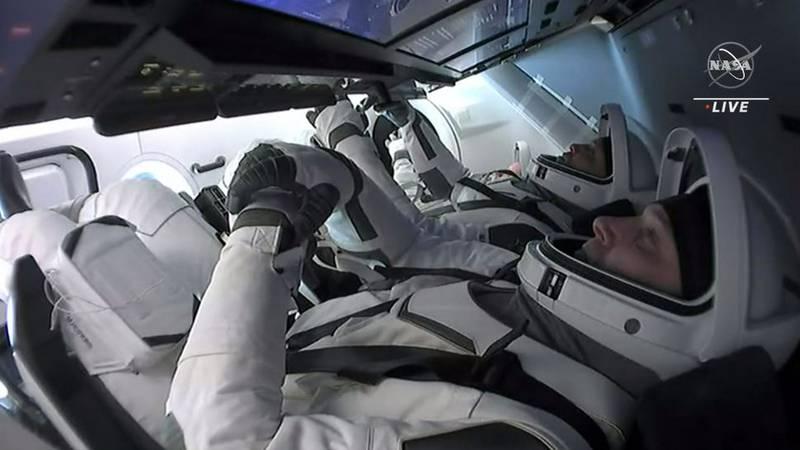 Astronauts Michael Hopkins, Victor Glover, Shannon Walker and Soichi Noguchi returned to Earth...