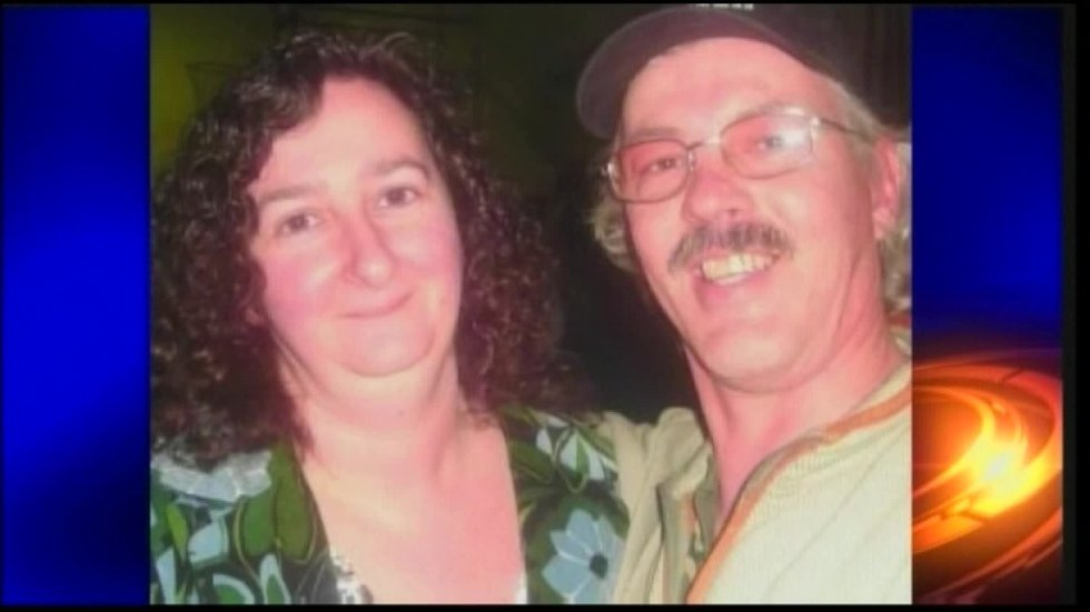 Investigators confirm that Amy Lange and Mark Perry appear to have been shot to death.