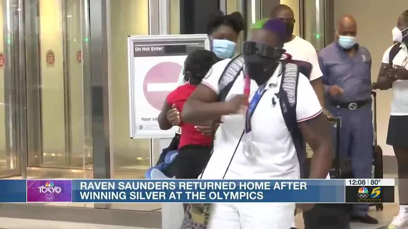 Raven Saunders