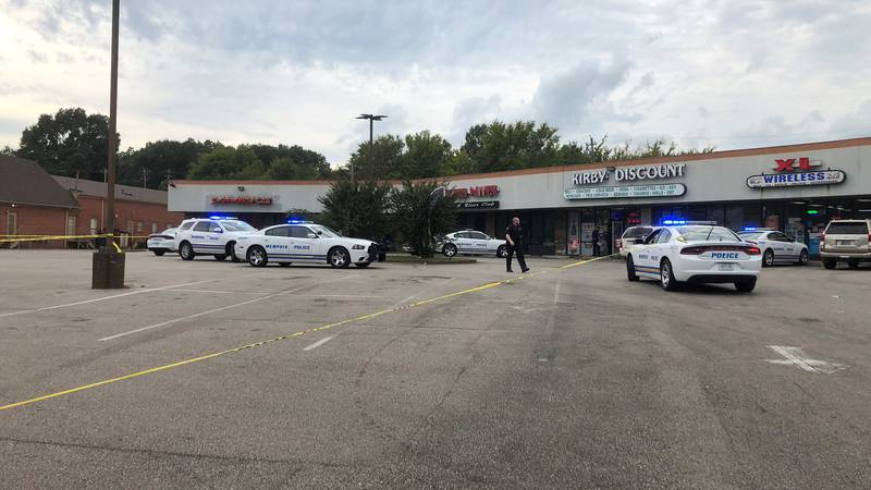 Man critically injured in Memphis shooting; suspect flees scene on moped