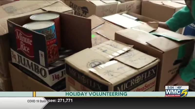 Bluff City Life, Holiday Volunteering