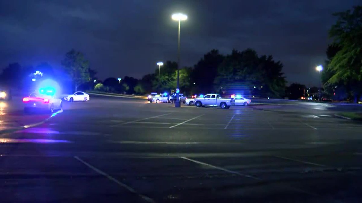 MPD searching for 4 suspects after man shot on N.  Germantown Pkwy.