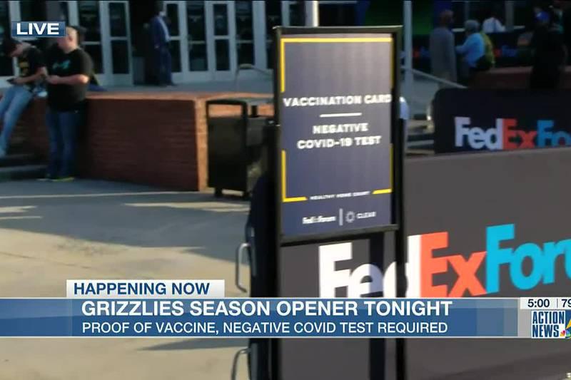 Fans pack FedExForum for Grizzlies home opener