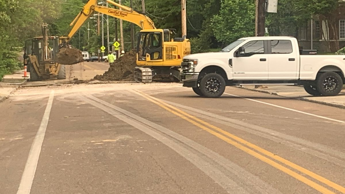 Section of McLean Blvd. in Memphis closed after sinkhole opens during construction work