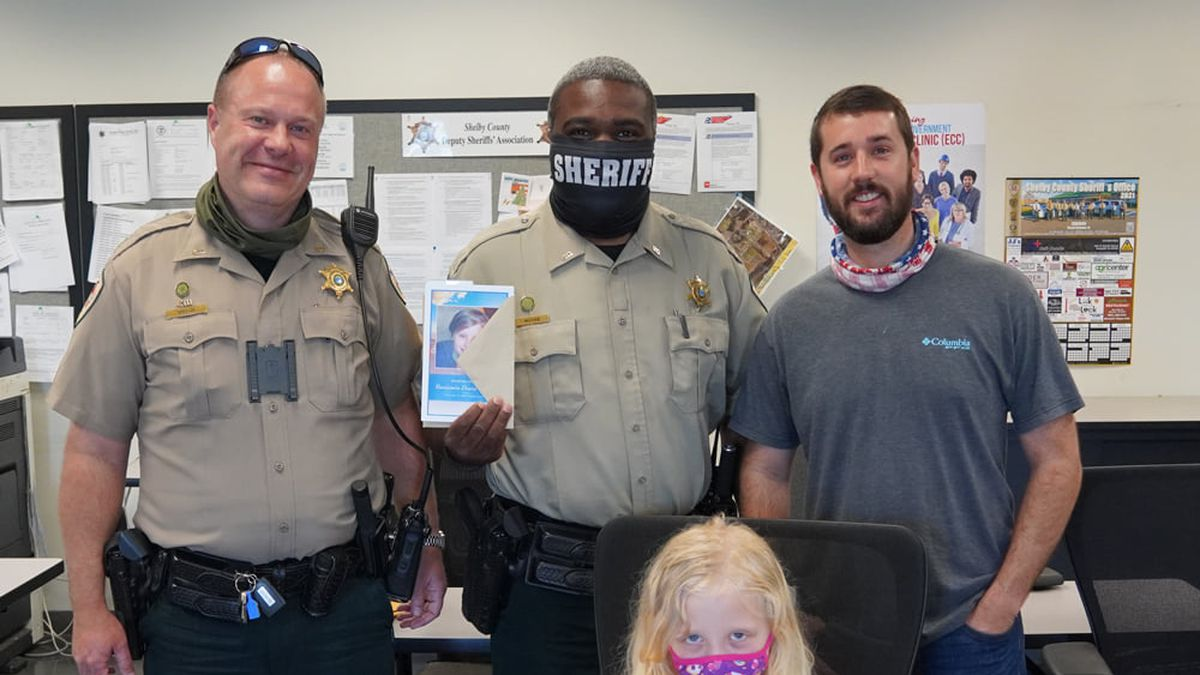 Luckett family thanks SCSO for service