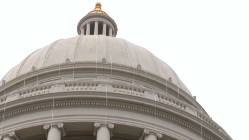Arkansas Governor appoints 3 to state judge posts