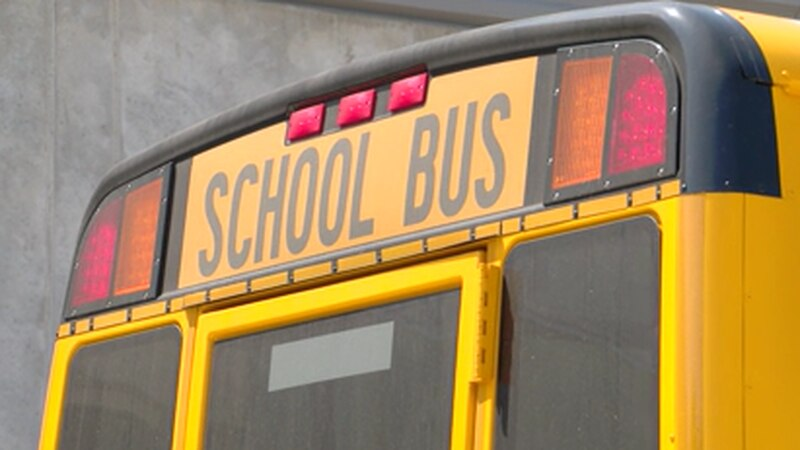 Shelby County Schools gets new buses with transporation partnership