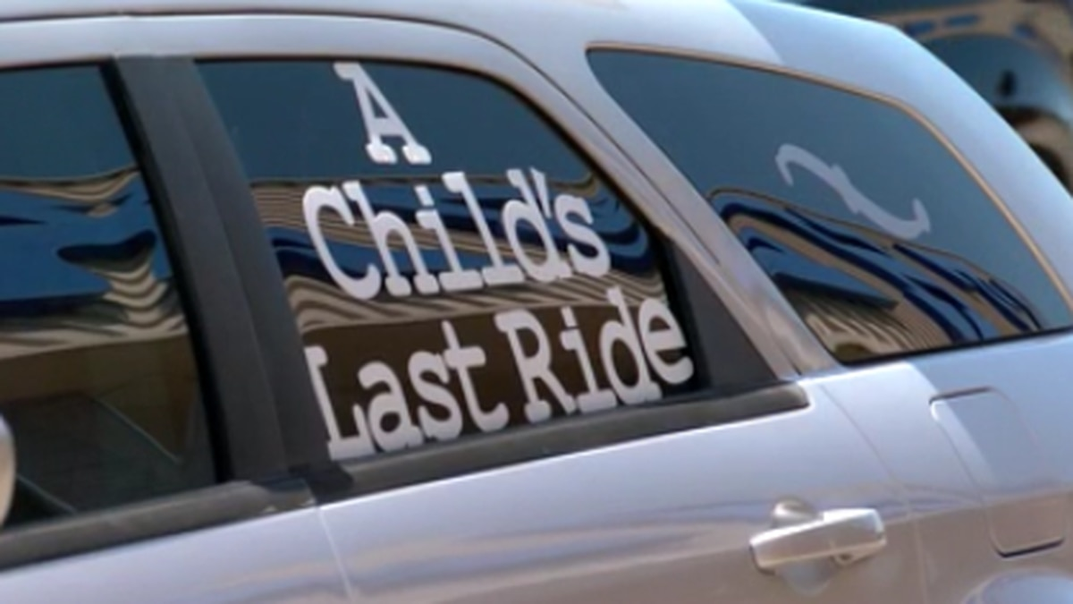 Memphis organization unveils new hearse as a reminder of deadly violence against children
