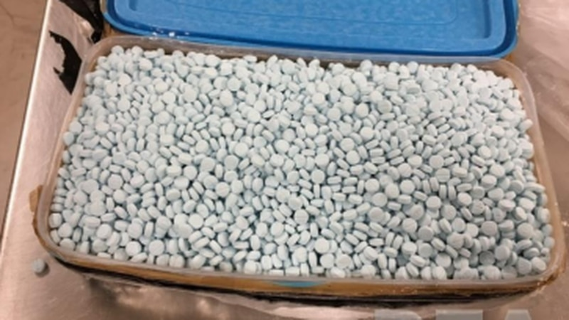 Mexican drug cartels are manufacturing mass quantities of counterfeit prescription pills...