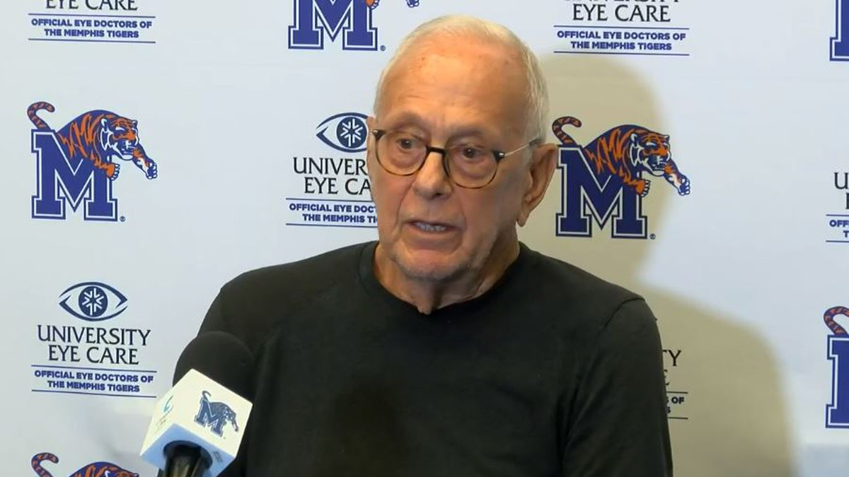 Larry Brown with UofM Tigers